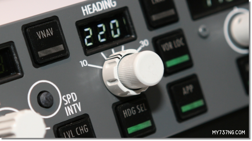 Detail of the bank angle concentric knob on the CPFlight MCP 737 PRO.