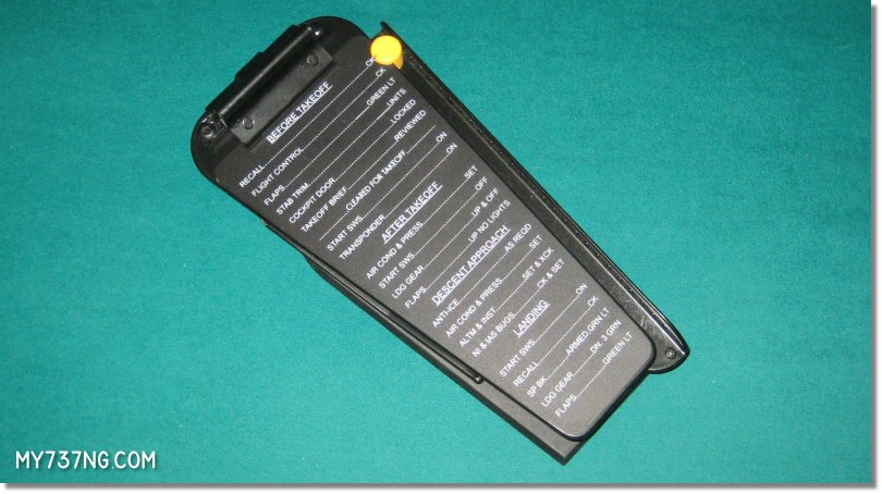 Agronn yoke clipboard in detail.